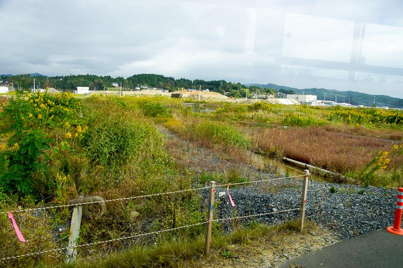 松岩-最知間で一般道から専用道へ入る時の気仙沼方向の景色。