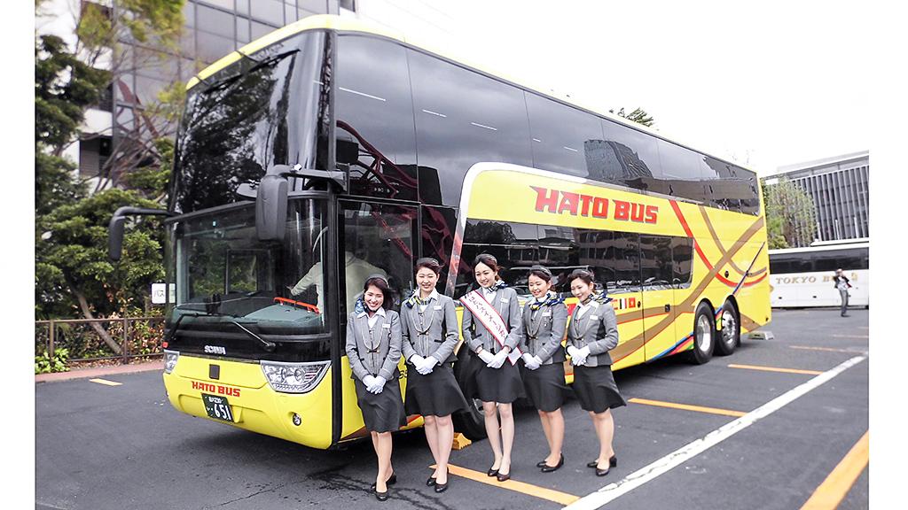 新型2階建てバス「アストロメガ」