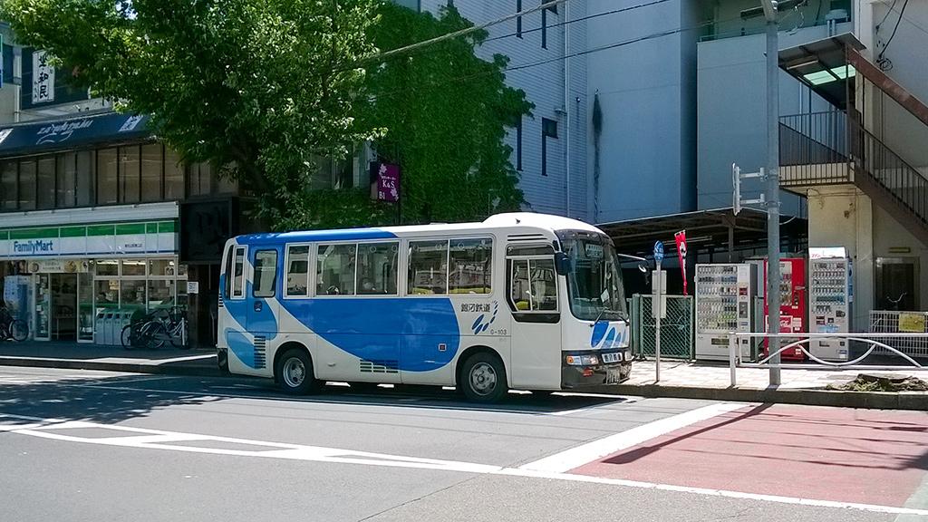 銀河鉄道の路線バス(東村山駅前にて)