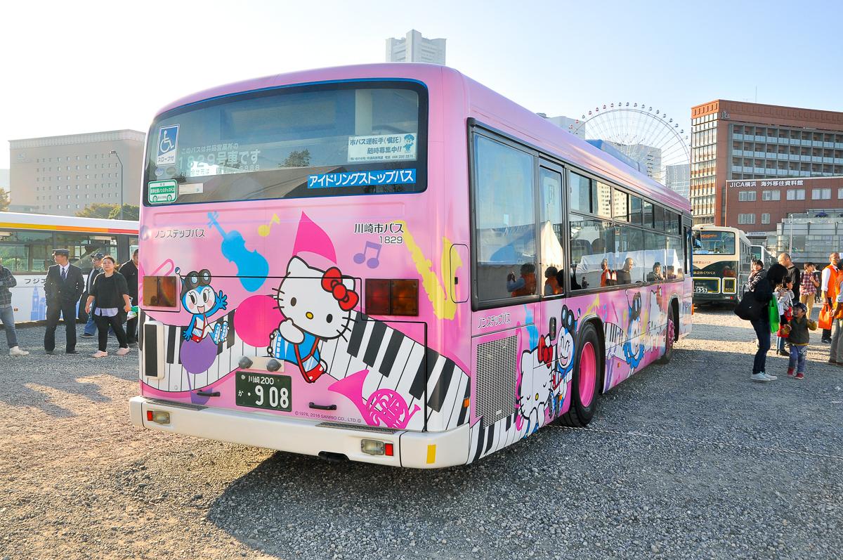川崎市交通局A-1829井田営業所 かわさきノルフィン×ハローキティコラボラッピング いすゞエルガPKG-LV234L2。